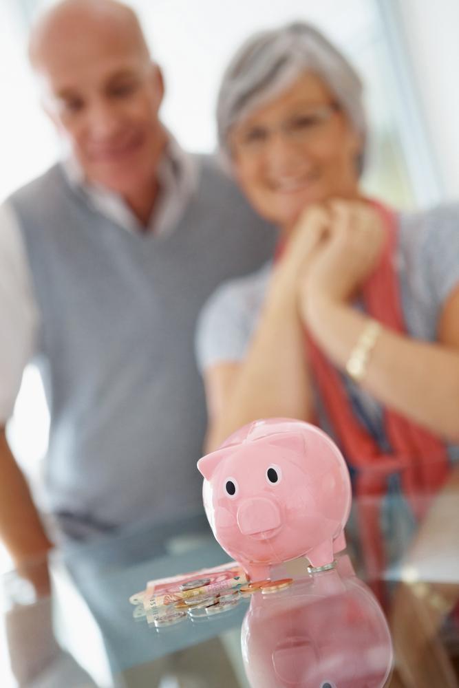 Laut einer Befragung halten 80 % der Österreicher die finanzieller Vorsorge für wichtig. Die Mehrheit der Befragten bezweifelt es, ob die staatliche Pension ausrechend sein wird. Auf versichern24 können Sie selber Ihren Pensionsbedarf mit dem Pensionslückenrechner errechnen.