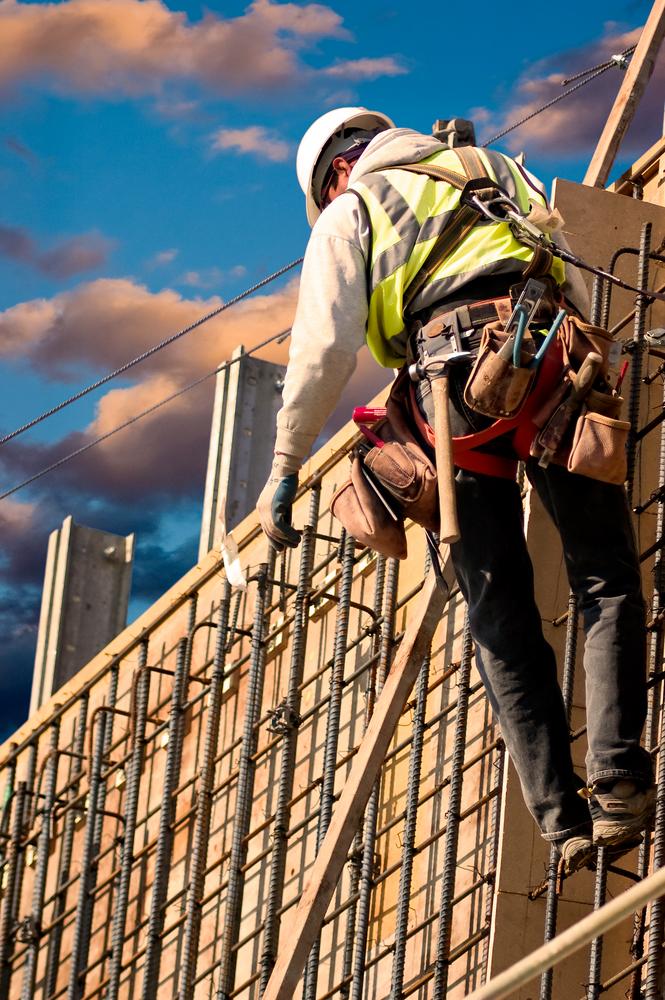 Ein Baugerüst kann Einbrechern als Einstiegshilfe dienen, erhöhter Versicherungsschutz ist daher empfehlenswert.