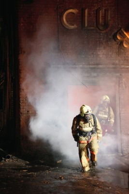 Eine Betriebsversicherung schützt im Brandfall vor Verlusten und Folgekosten.