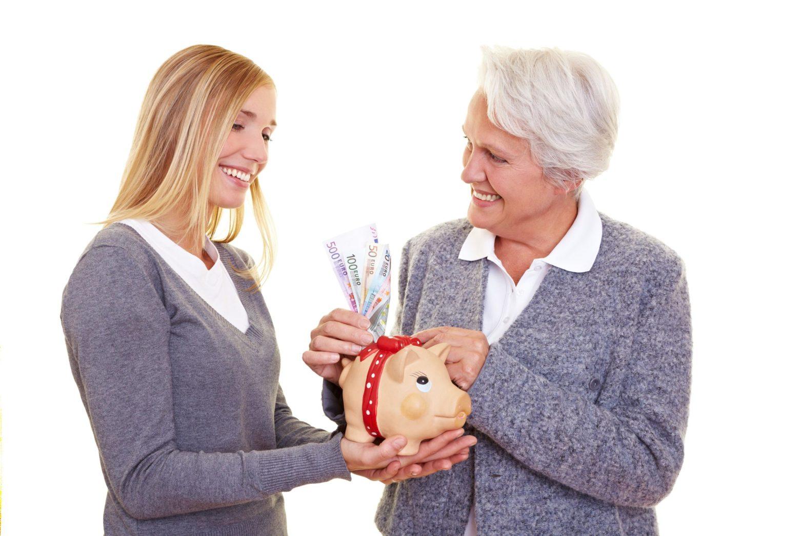 Private Pensionsvorsorge ist empfehlenswert, um auch im Alter den Lebensstandard halten zu können.